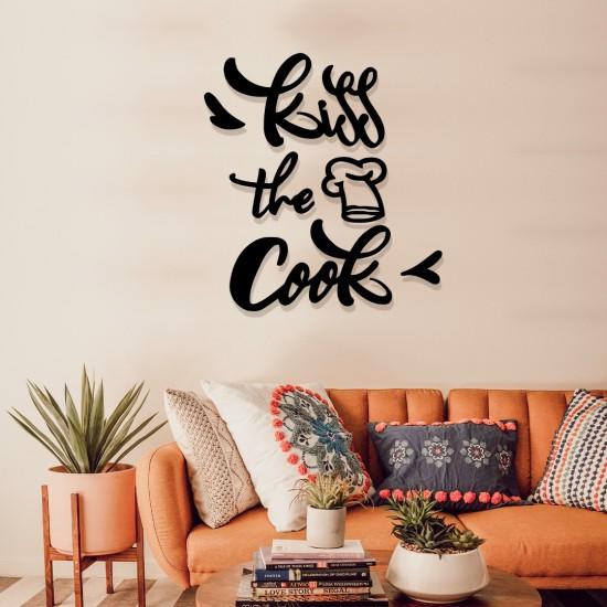 Kiss The Cook Metal Tablo
